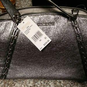 Micheal kors handbags tags still attached